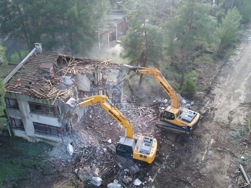 İzmir Etibank Lojmanları Yıkım Projesi
