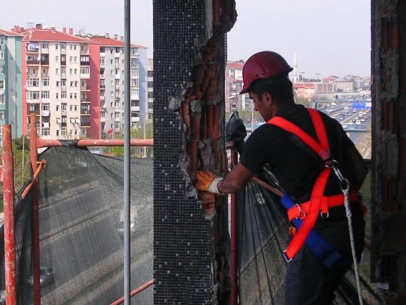 Elle Yıkım Yapan Firmalar, El Aletleri İle İnşaat Yıkım Hizmetleri İstanbul